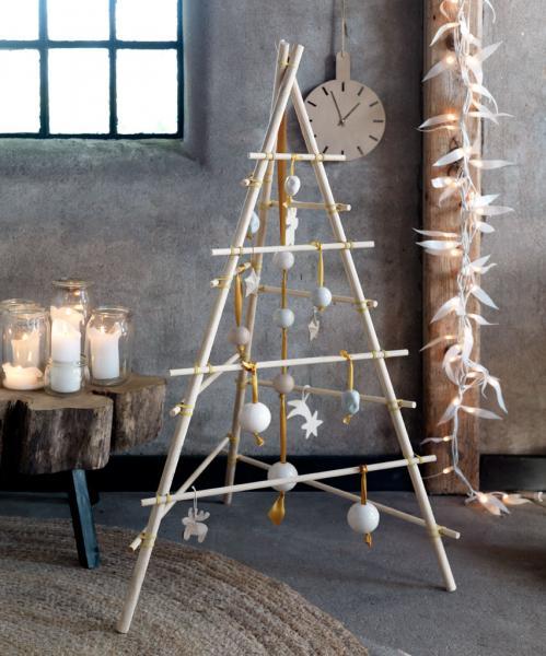 Christmas Tree Tangram: Festive Paper World
